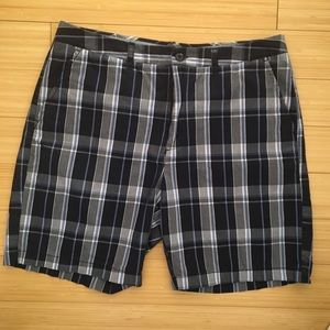 Croft and barrow size 36 shorts